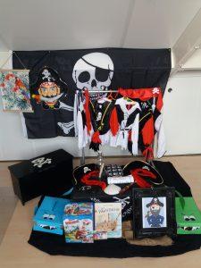 Piraten op zee verkleedkist